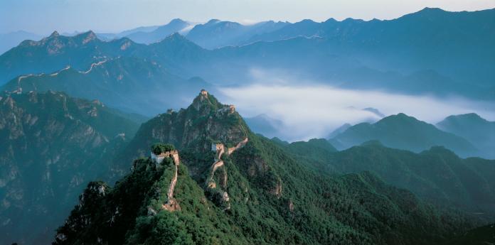Εναέρια άποψη του Σινικού Τείχους της Κίνας