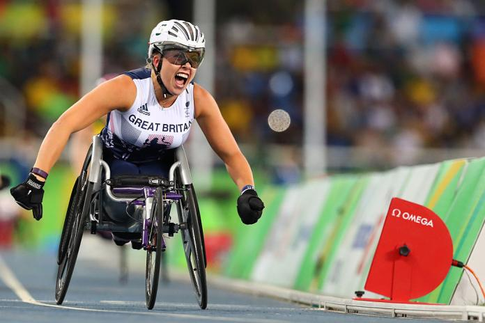 Hannah Cockroft from Great Britain competes in the Women's 800m - T34
