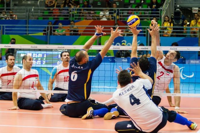 Μια συνεδρία βόλεϊ στους Παραολυμπιακούς Αγώνες του Ρίο 2016.
