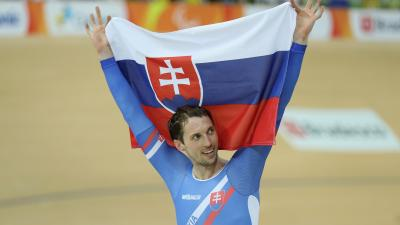 Jozef Metelka of Slovakia celebrates after winning the Men's C4 4000m Individual Pursuit Track Cycling on day 3 of the Rio 2016 Paralympic Games