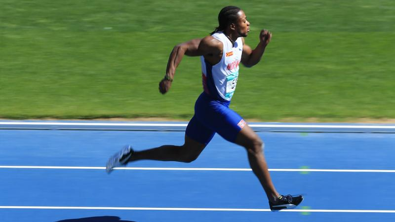 a male Para athlete sprinting