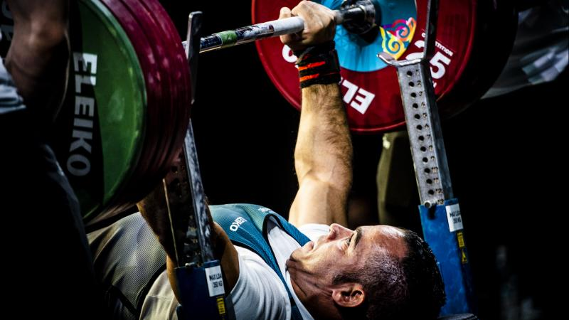 Para powerlifting athletes lift up to three times their own bodyweight during an attempt!