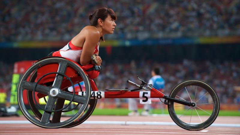 Chantal Petitclerc concentrating before race in Beijing