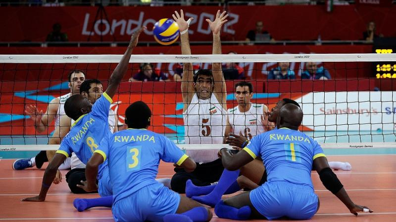 Iran beat Rwanda 3-0 and is the favourite to qualify on Pool B at the London 2012 sitting volleyball tournament.