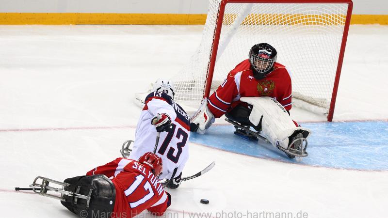 The USA beat the comparatively new Russian ice sledge hockey side at Sochi 2014.