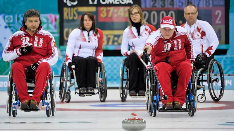 Wheelchair Curling Gold (RUS vs CAN) Andrey Smirnov delivery for Russia