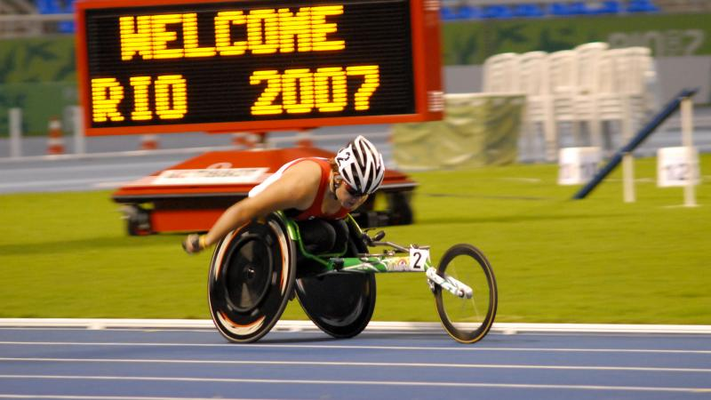 A wheelchair racer in action at the 2007 Parapan American Games.