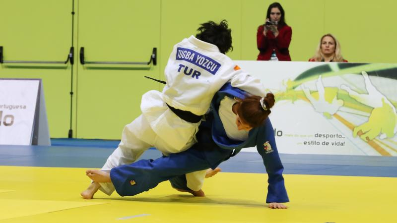 Two judokas competing at the European judo championships