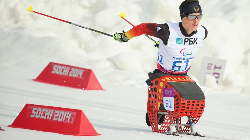 a male Para Nordic skier