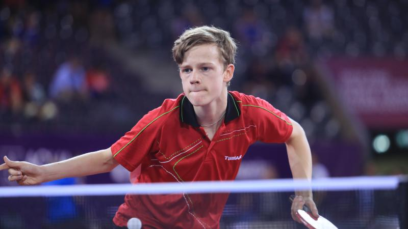 male Para table tennis player Laurens Devos