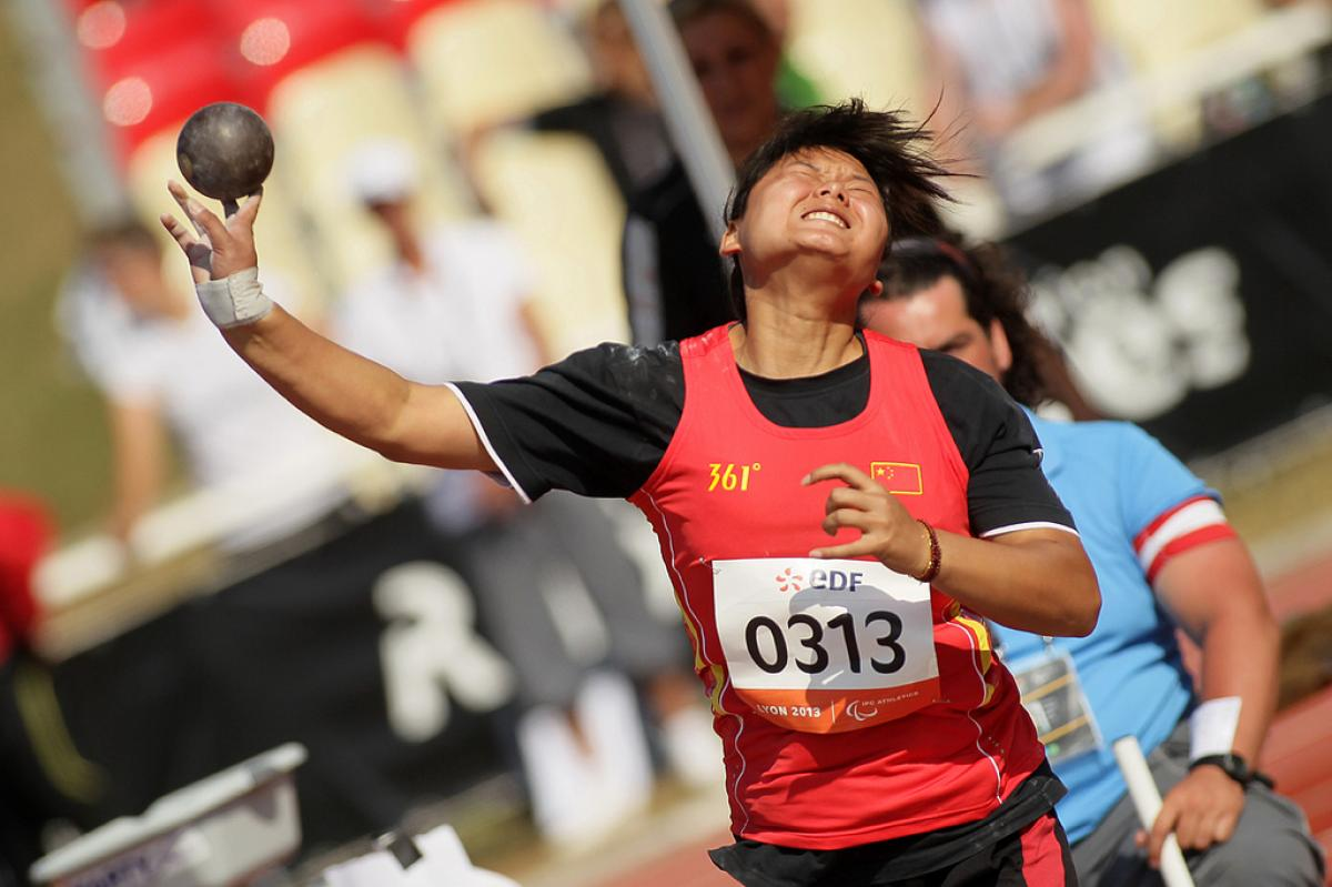Chinese Athlete competes at Lyon 2013