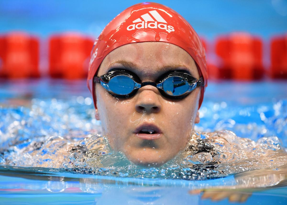 Ellie Simmonds competing at Rio 2016