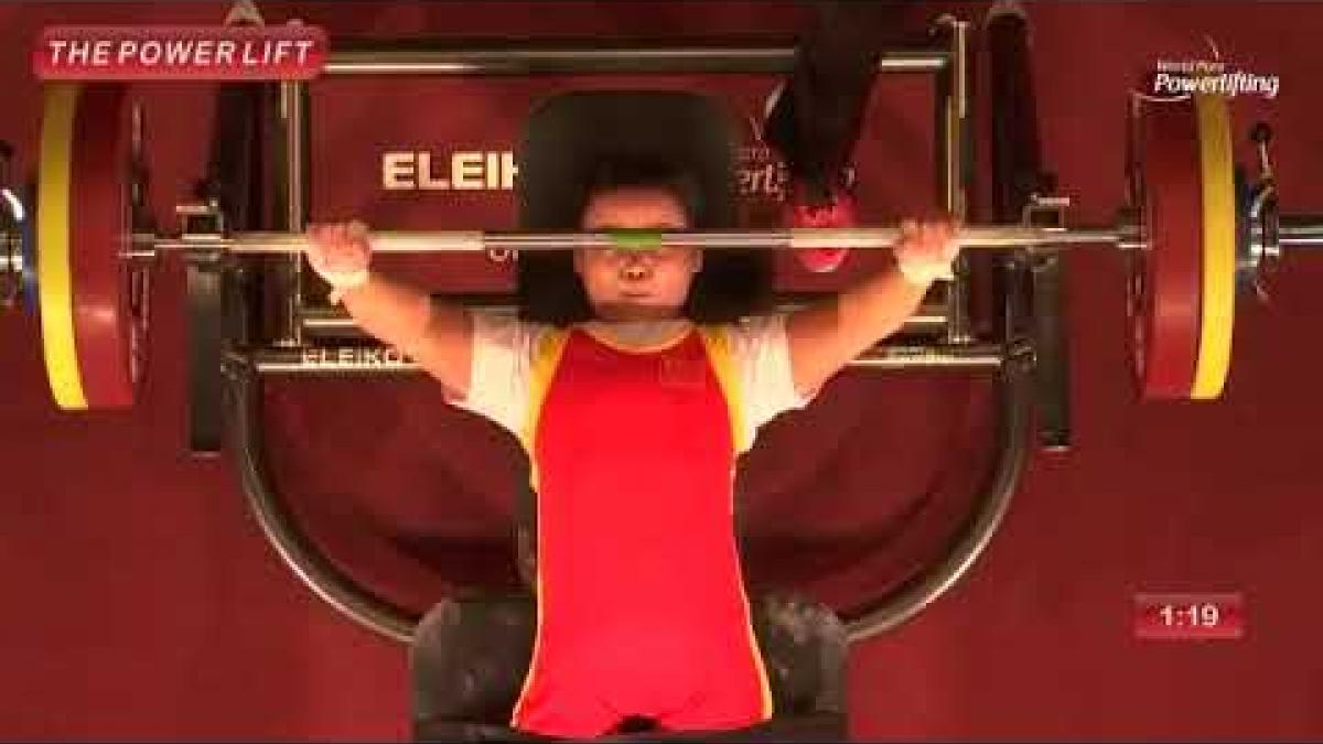 China´s Lingling Guo breaks women´s up to 45kg world record at Kitakyushu 2018
